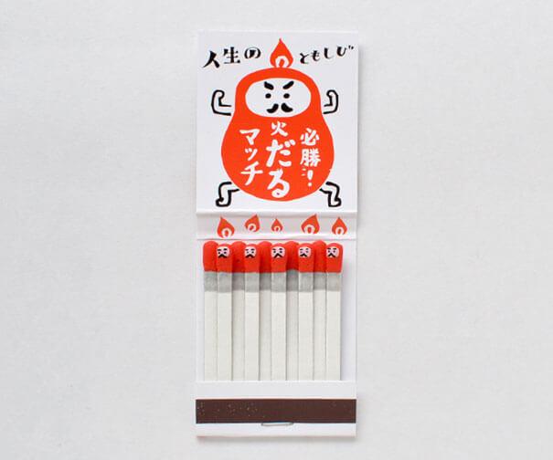 fosforos kokeshi diseño